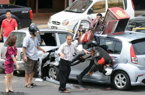 20140826_MalaysiaAccidents_ChinaPress